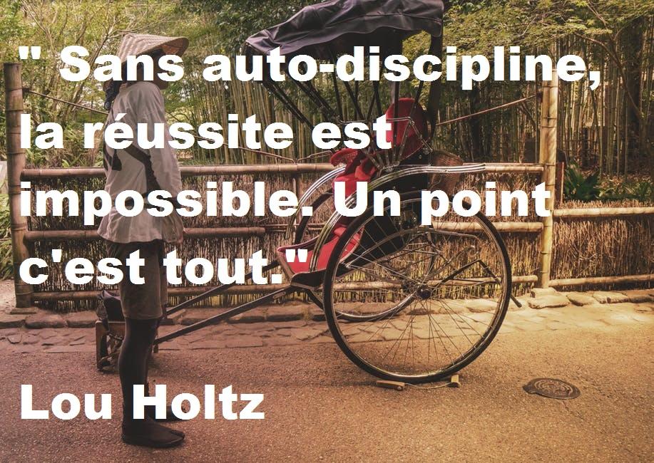 15 citations inspirantes au sujet de l'auto-discipline. faconner sa vie. coaching. developpement personnel. réaliser rêves. Travailler dur